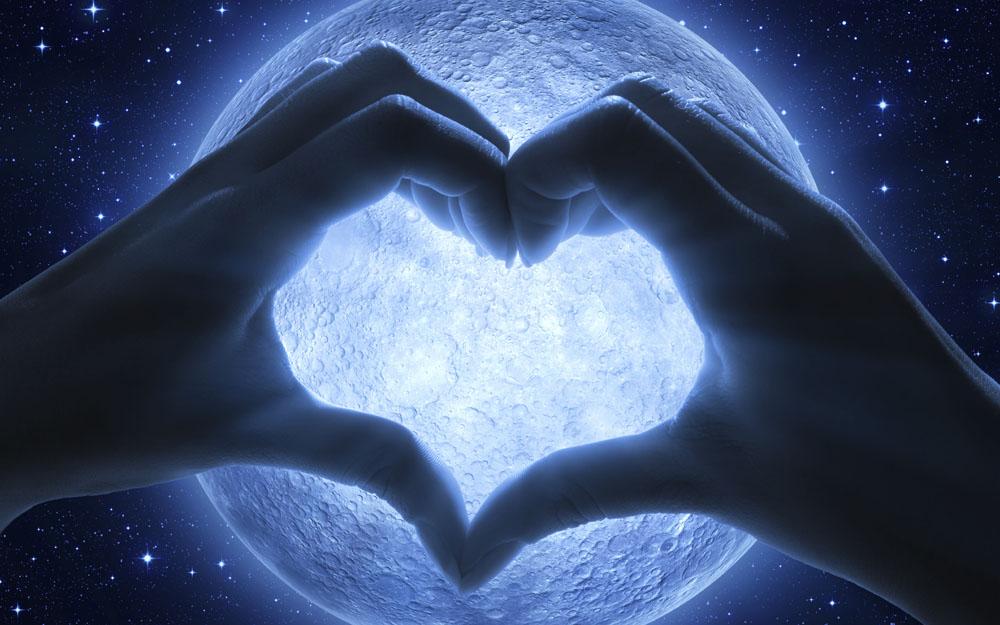 moon-istock-56582664
